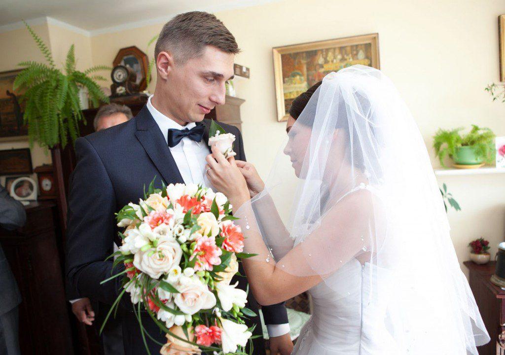 fotografia ślubna przygotowania zdjęcie 17